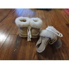 Newborn Baby Winter Set of shoes and gloves for Kids SHEEPSKIN Baby Set  GLOVES & Shoes  Real  LEATHER & FUR Perfect for gift